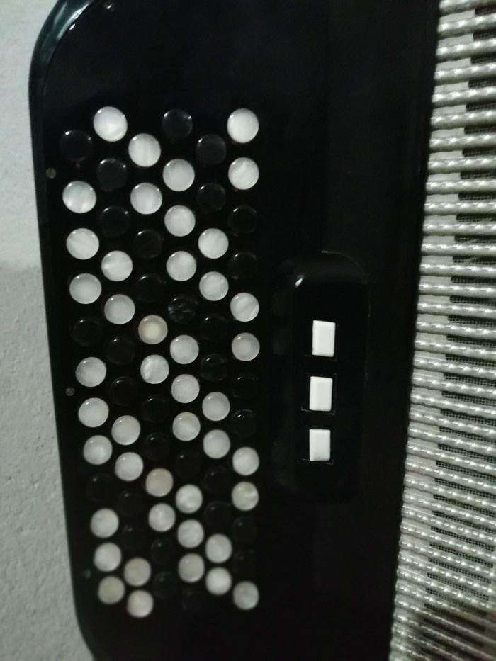 Harmonika Skala 80 basova u ekstra stanje dumetara sa koferom. Photo 1
