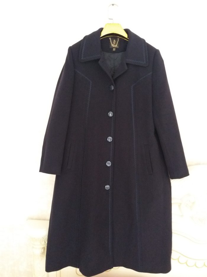 585e5a8a4db Продаю пальто новое Италия. Размер не подошел. Размер 54-56. за 4500 ...