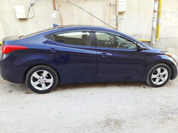 Hyundai Elantra 2011. Photo 5