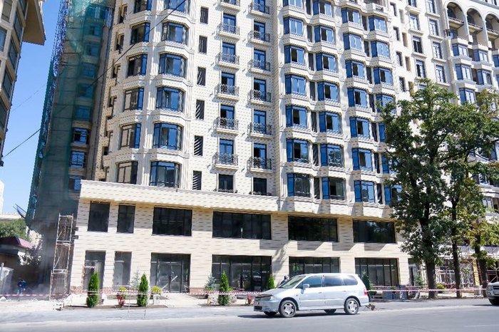Продаю ком. помещение в Золотом квадрате, 245м2 в Бишкек