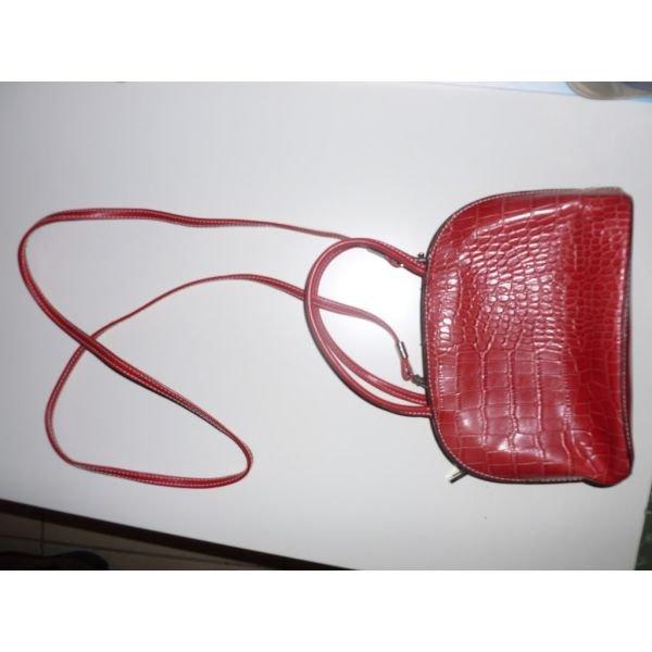 Τσαντουλα κοκκινη μικρο μεγεθος . Photo 0
