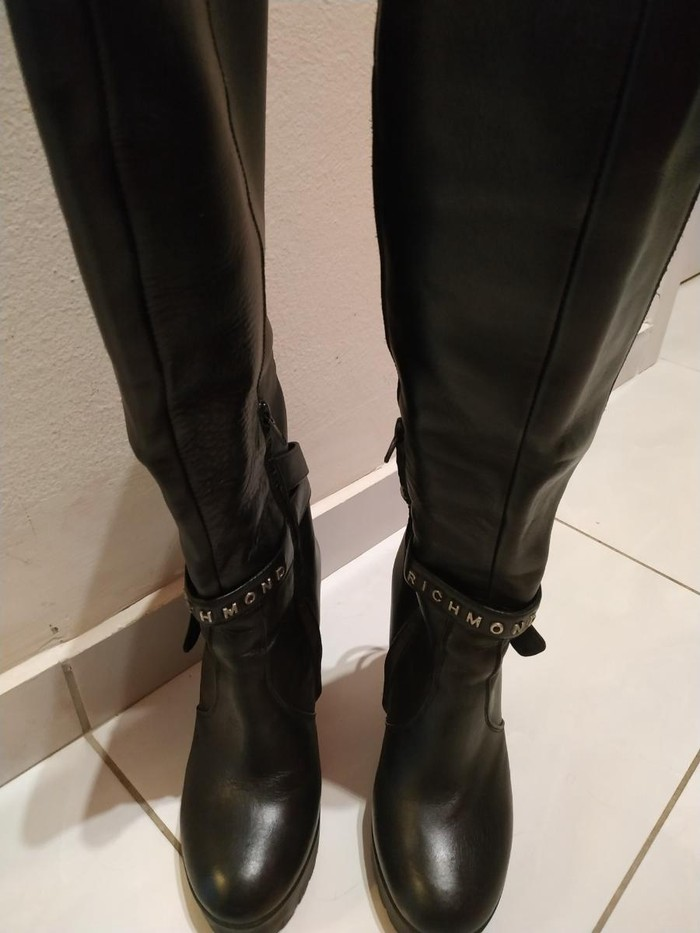 Μπότες μέχρι γόνατο, δέρμα, Richmond, νούμερο 36, σχεδόν καινούριες. Photo 1