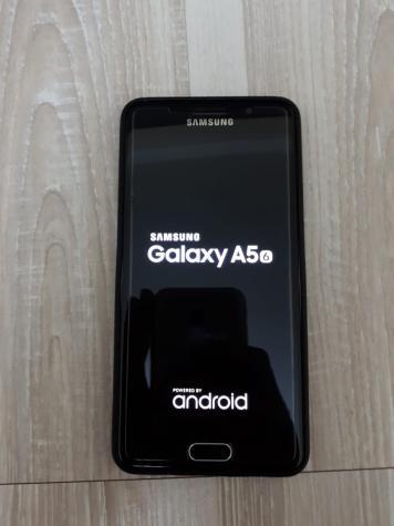 İşlənmiş Samsung Galaxy A5 2016 16 GB qara. Photo 3