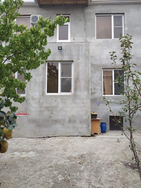 Satış Evlər vasitəçidən: 270 kv. m, 5 otaqlı