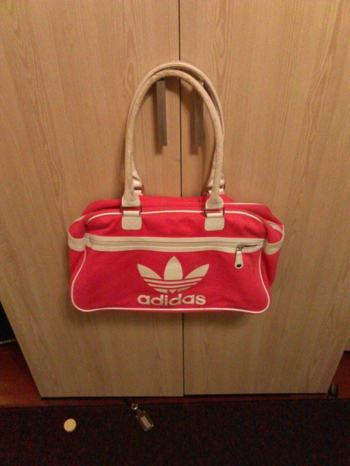 563b359c103a сумка женская б.у за 200 KGS в Бишкеке: Сумки на lalafo.kg