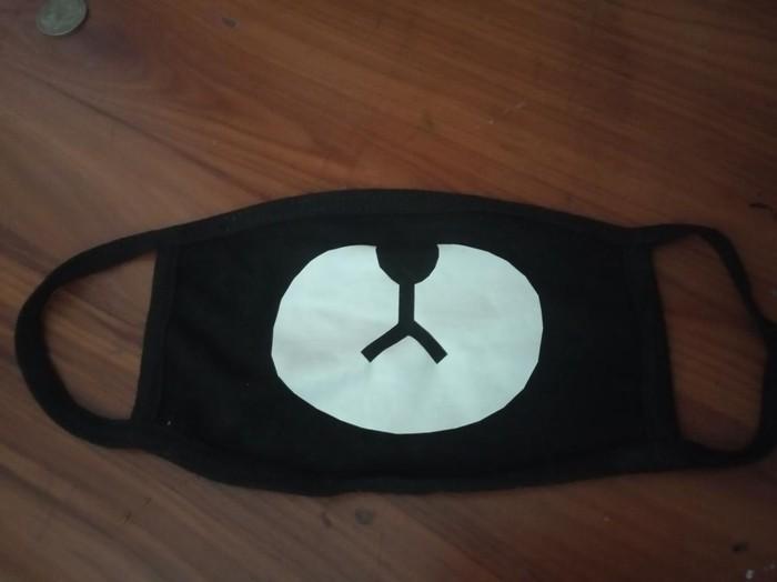 Продаю k pop маску состояние:новая вещь подарили но такие не ношу. Photo 0