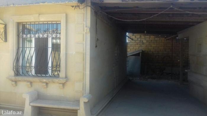 Bakı şəhərində Cox ucuz ve tam temirli 3 otaqli heyet evi satilir