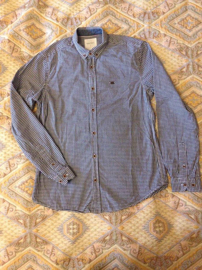 Bakı şəhərində Рубашка Cotton размер S Практически новая, в идеальном состоянии, одев