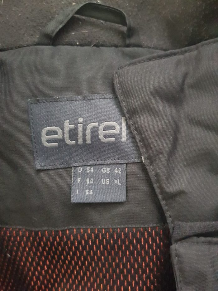 Muska ski jakna xl velicina ocuvana veoma kvalitetna. Photo 2
