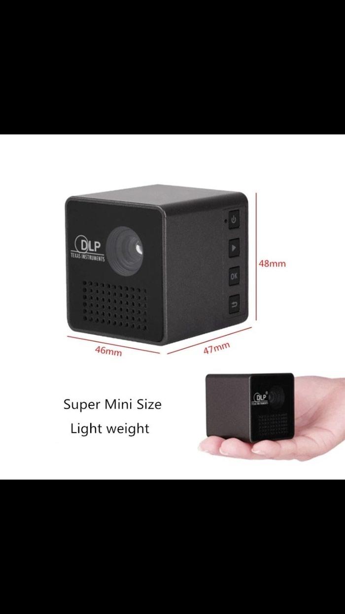 Mini smart proyektor. Photo 2