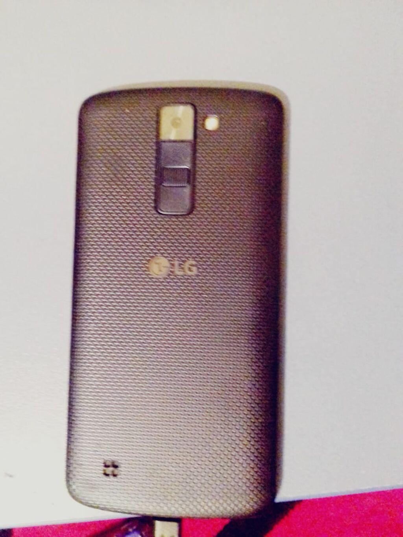 LG K8.tezedi prablemsizdir.qara rengde.tecili satilir