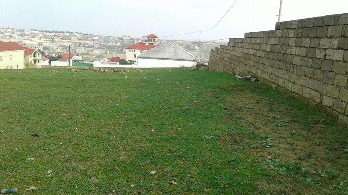 Bakı şəhərində Torpaq sahəsi satılır. Fatmayı kəndinin giriş hissəsində, tövhə