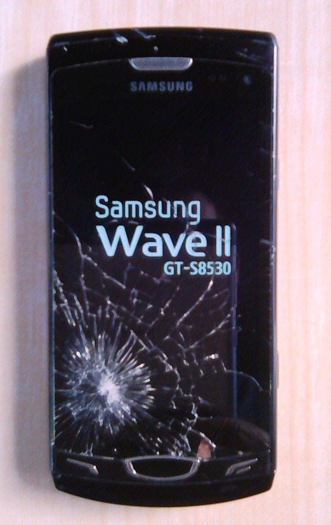 Телефон Samsung Wave2 в рабочем состоянии,но пользоваться невозможно,так как сломан тачскрин (экран)