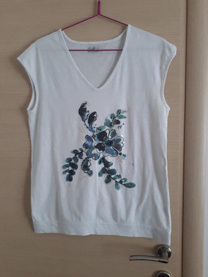 Μπλουζα sarah XL σε αριστη κατασταση. 👉 σε Αθήνα