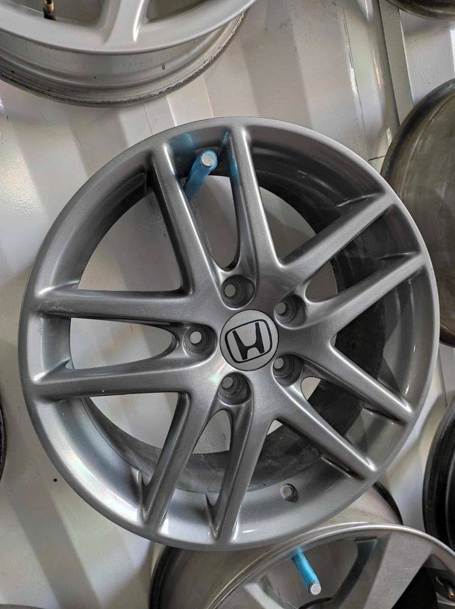 Honda R17