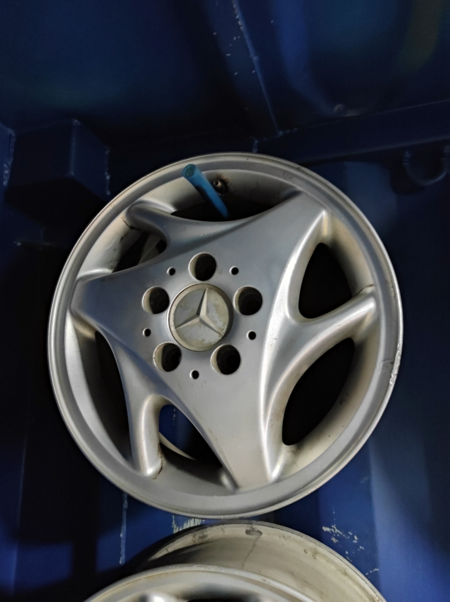 Mercedes R15
