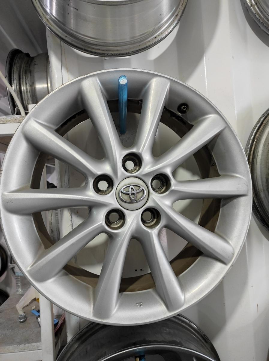 Toyota R17 5*114.3